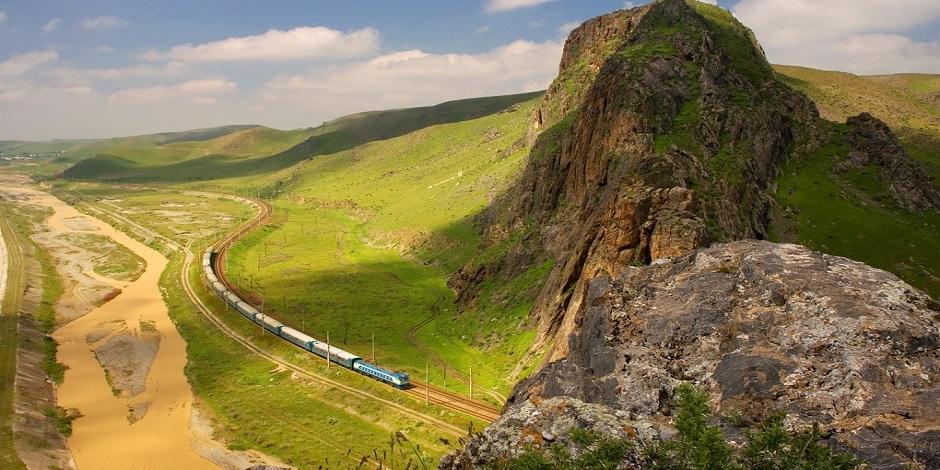 Train Afrosyob près de Samarkand