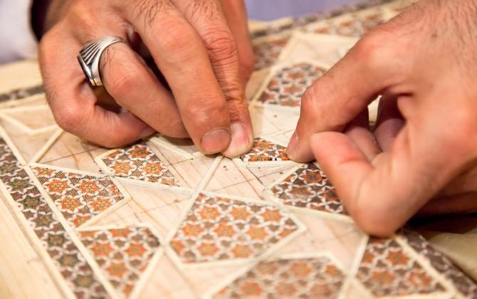 Mosaïque persane traditionnelle Khatam