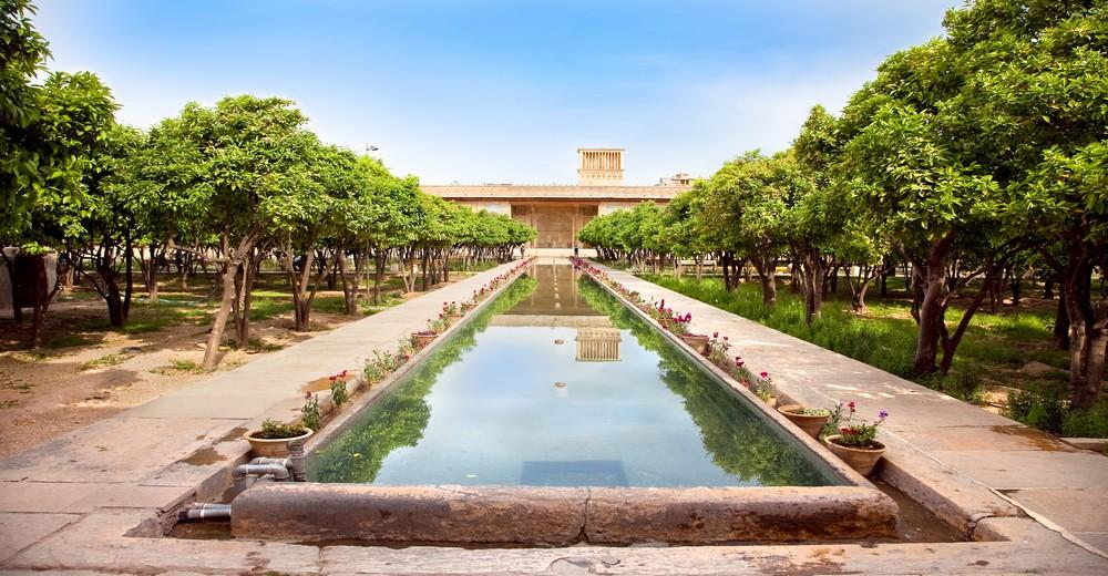 Citadelle Karmin Khan