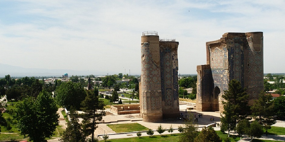 Aq Saray ou palais blanc