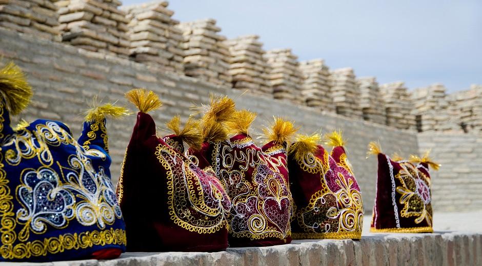 Chapeaux traditionnels à Boukhara