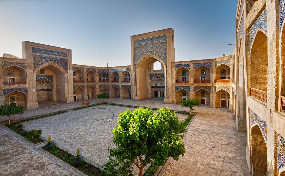 Médersa Mir-i Arab